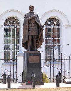 Памятник Невскому в Александрове